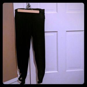 VS xs highwaisted leggings with crisscross legs